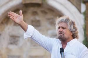 Beppe Grillo in 'Colpo di Stato all'italiana' direttamente dal suo blog