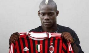 """Mario Balotelli al Milan, ecco le prime parole da rossonero: """"qua per rifarmi e fare bene"""""""