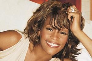 Whitney Houston: una storia tra ricatti e ossessioni di fan maniaci