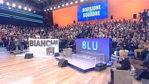 Amici 2013, decise le due squadre: la Bianca ad Emma la Blu a Miguel Bosé