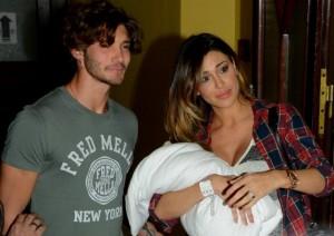 Belen e Stefano neo genitori: è nato Santiago, ecco le prime foto