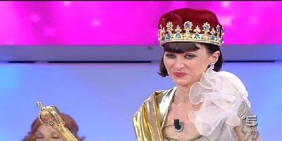 karine eletta Miss Uomini e Donne 2013