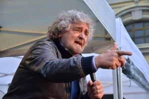 """Beppe Grillo: """"nel triangolo delle Bermude europeo spariscono aziende di ogni tipo da anni"""""""