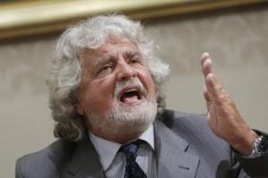 """Beppe Grillo dichiara: """"Mai con il pdl, mai con il pd!"""""""