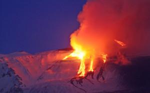 Eruzione Etna: chiusi i settori 1 e 2 dell'aeroporto Fontanarossa