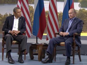 """Obama a Putin: """"sanzioni e azione militare se la Russia andrà oltre"""""""
