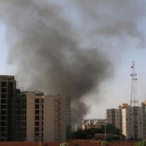Guerra aperta in Libia, in fuga oltre 100 italiani dal Paese