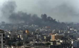 Gaza, continuano i raid israeliani. Mille morti, in vigore tregua di 12 ore