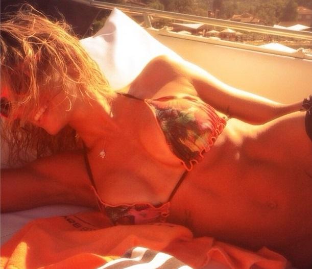 maddalena-corvaglia-lagomaggiore-bikini-2014-07