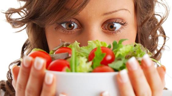 Dimagrire assumento cibo sano? Basta usare il cervello