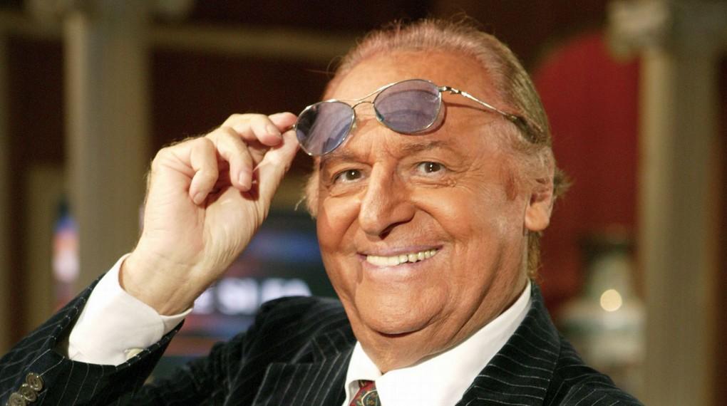 Renzo Arbore si inchina alla sua Napoli in occasione del Prix Italia