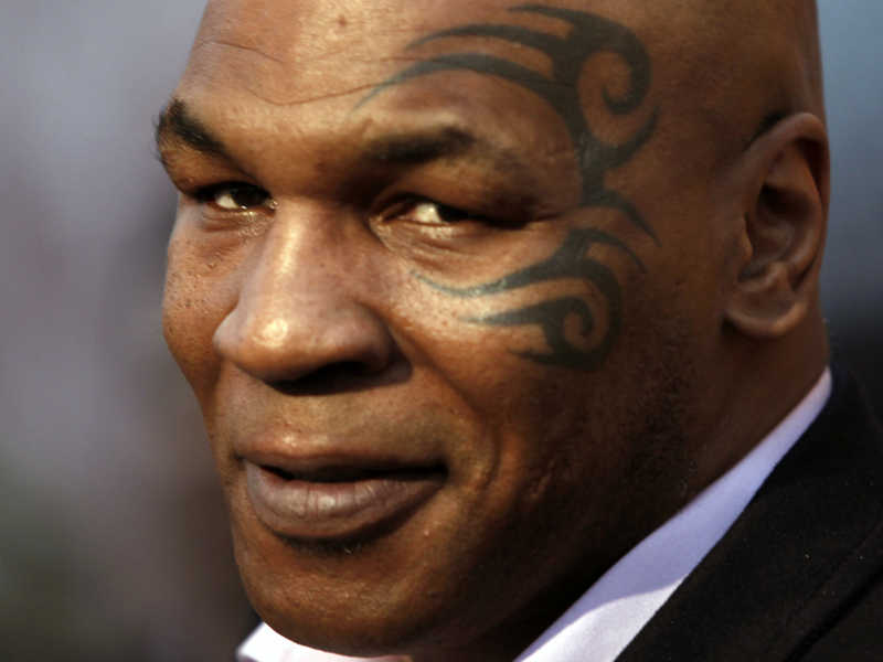 """Mike Tyson: """"Sei un pezzo di m..."""" contro un conduttore tv"""