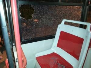 Aggredito conducente di autobus e tre carabinieri da un rumeno