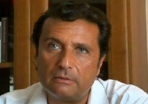 """Report, Schettino: """"Il timoniere della Concordia non parlava inglese"""""""