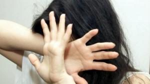 Picchiata per mesi dal marito, donna si salva grazie a Skype