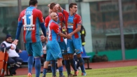 Catania vince ma che sofferenza, Frosinone in testa con il Carpi