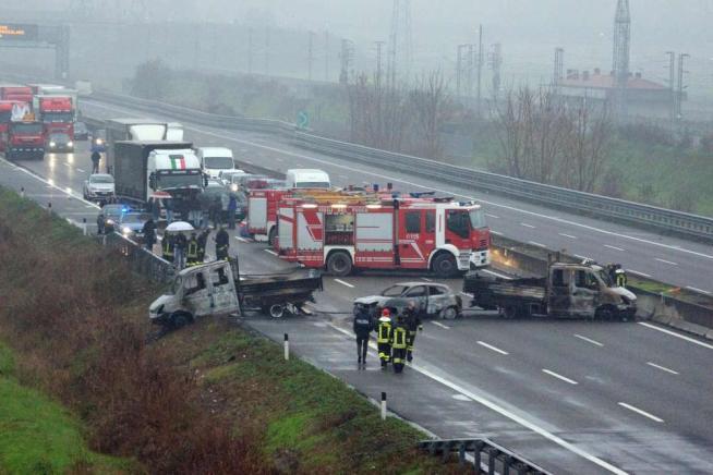 Lodi: fallita una rapina sull'A1 a furgone portavalori con 5 mln di €