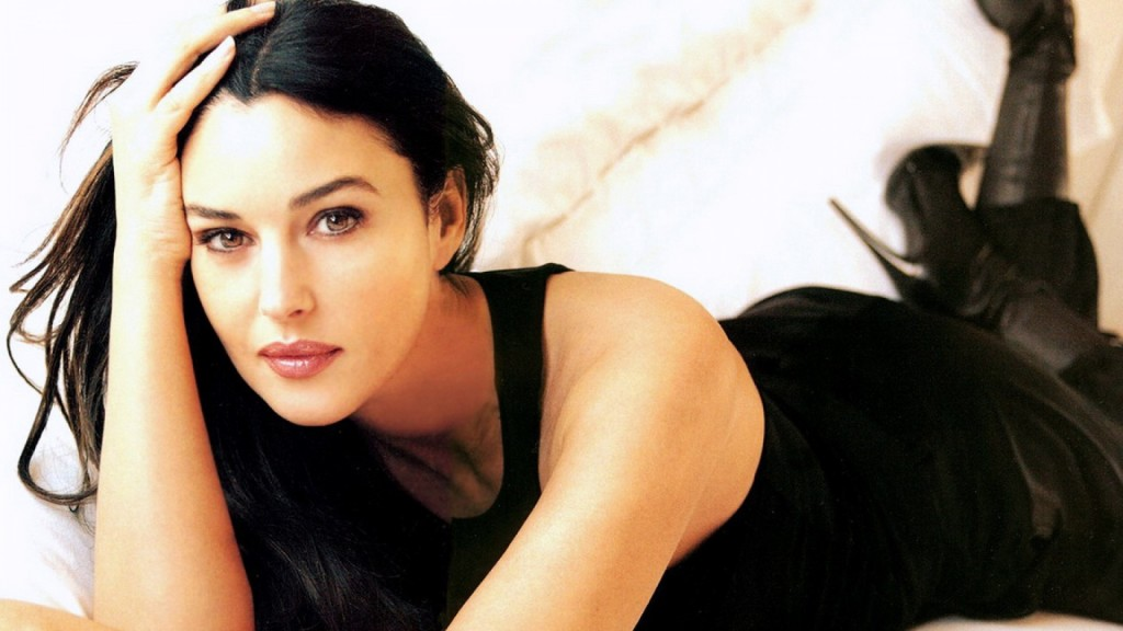 Monica Bellucci sarà la prossima sexy conquista di James Bond in 007