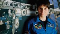 Samantha Cristoforetti: primo collegamento con la Terra (video)