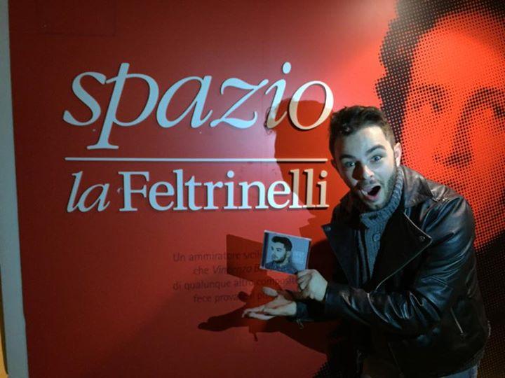 "Lorenzo Fragola dopo X Factor svela dov'è nata ""The Reason Why"""