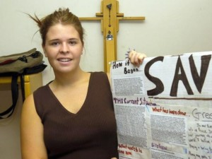 Isis, ostaggio Usa Kayla Mueller uccisa durante il raid giordano