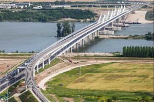 Costruito in Romania il più grande ponte fatto con materiale riciclato