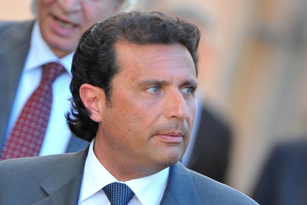 Processo Costa Concordia, sentenza: Schettino condannato a 16 anni