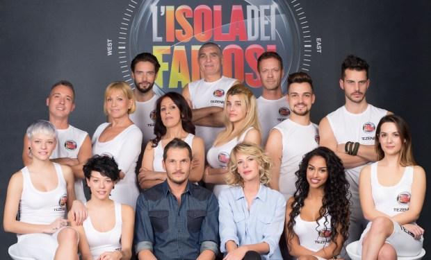 Isola dei Famosi: rimane nuda Cecilia Rodriguez, eliminato Patrizio Oliva