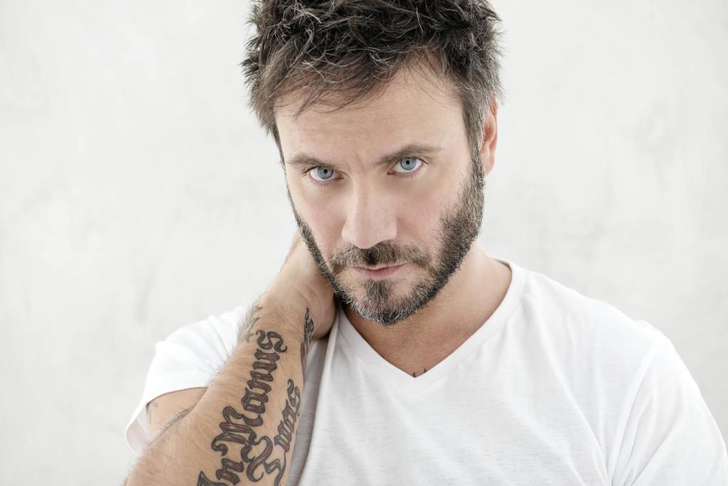 """Nek, dopo Sanremo presenta il nuovo album """"Prima di parlare"""""""