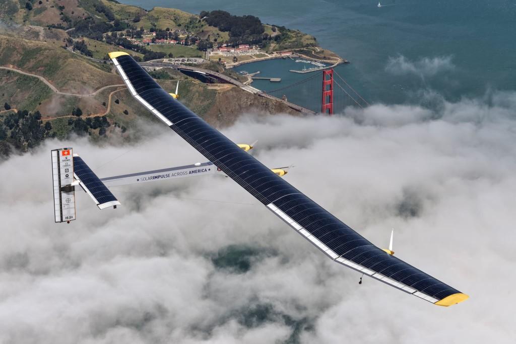 Solar Impulse 2, il primo volo al mondo con l'energia solare