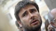 """Alessandro Di Battista, M5S: """"Non stiamo nell'Euro, ma nel marco"""""""