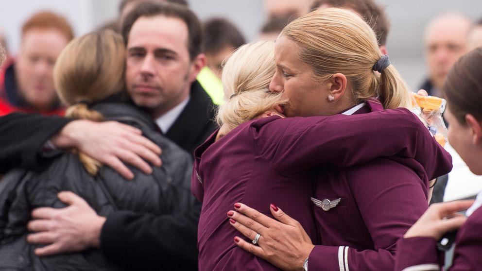 Germanwings, i parenti delle vittime incontrano i genitori di Lubitz