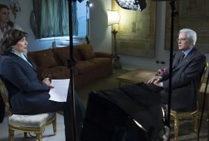 """Sergio Mattarella a Le Figaro: """"Isis? Serve un patto di civiltà"""""""