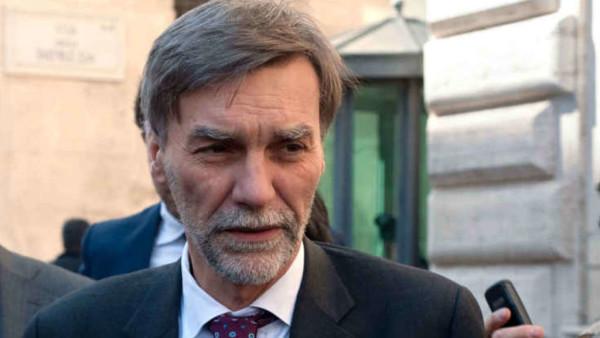 Graziano Delrio nuovo ministro delle Infrastrutture, ha giurato ieri sera