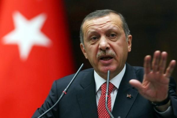 """Presidente turco Erdogan condanna il Papa: """"Desidero avvertirlo"""""""