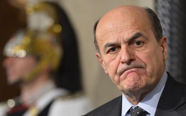 """Italicum, Bersani vs maggioranza: """"Vogliamo prenderci in giro?"""""""
