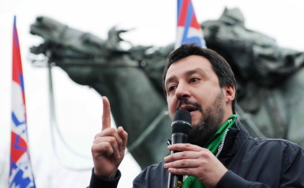 """Salvini su Mafia Capitale: """"Mi dicono uccellini presto nuovi arresti"""""""