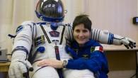 """Matteo Renzi in collegamento con Astro Samantha: """"Torni presto"""""""