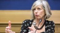 Ministro Giannini contestata alla Festa dell'Unità di Bologna