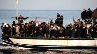 """Traffico di migranti, Renzi alla Camera: """"Combattere schiavismo"""""""