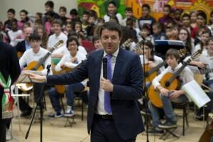 """Scuola, Renzi: """"Se la riforma non passa, ci sarà il turn over"""""""