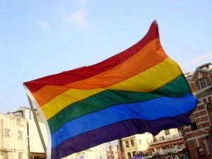 """Prete contro i parrocchiani a favore dei gay: """"Ora basta!"""""""