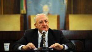Campania: ricorso di De Luca contro la sospensione, è caos