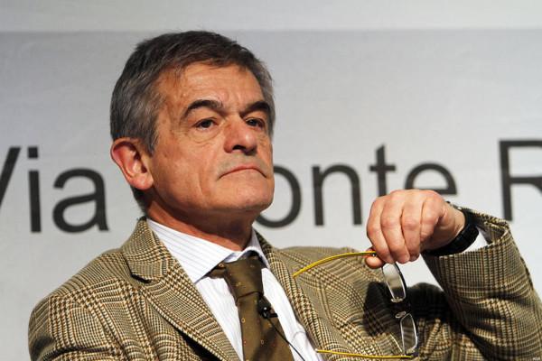"""Firme false: Chiamparino non si dimette, """"inammissibili i ricorsi"""" per il Tar"""