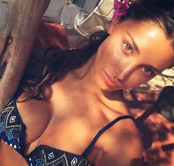 "Belen Rodriguez frequenta Fabio Borriello, lei: ""È normale"""