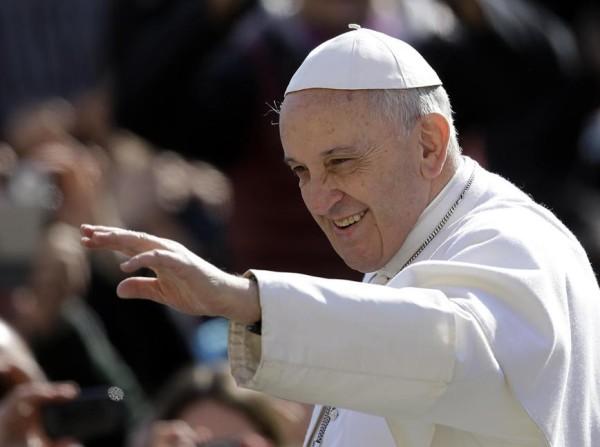 Papa Francesco: «Nessuna scomunica per divorziati e risposati»