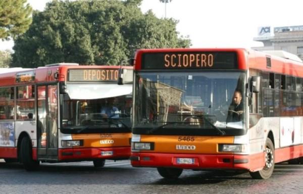 Roma, sciopero dei trasporti per il 'Venerdì nero', la capitale come Londra