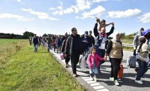 Migranti, la Danimarca corre ai ripari: sospeso il traffico ferroviario con la Germania
