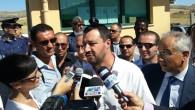 """Salvini a Mineo: """"Il Cara emergenza di Stato, la Germania ci prende in giro"""""""