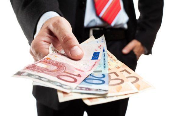 Finanziamenti, dopo sei anni tornano i prestiti alle imprese